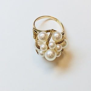 14K Yellow Gold Pearls Cluster Ring 6.4g